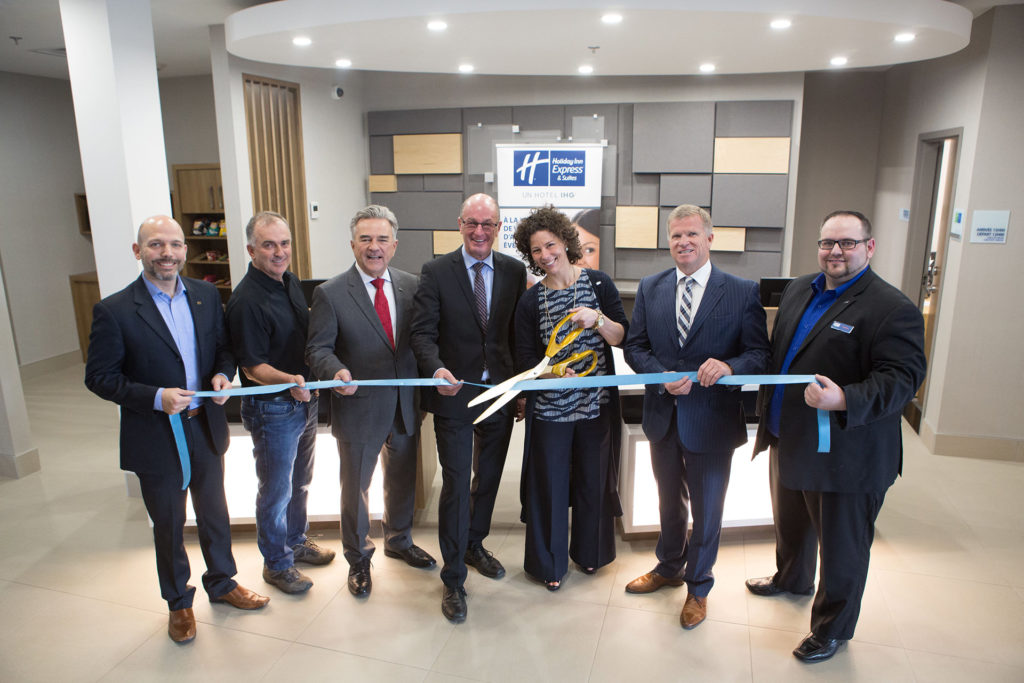Le nouvel hôtel Holiday Inn Express & Suites ouvre ses portes