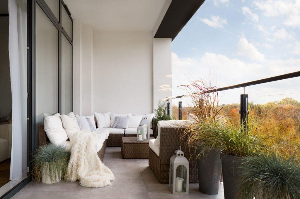 L'été en condo : le balcon à la rescousse